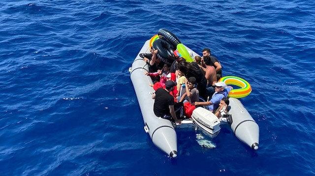 """خفر السواحل التركي ينقذ 60 طالب لجوء بـ """"موغلا"""""""