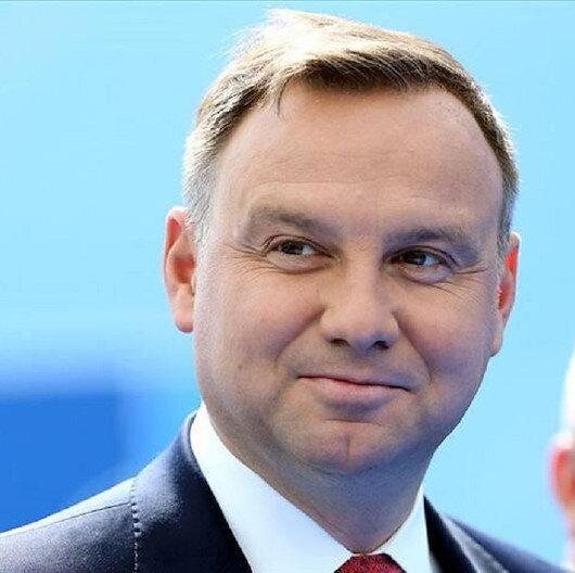 الرئيس البولندي يفوز بولاية ثانية