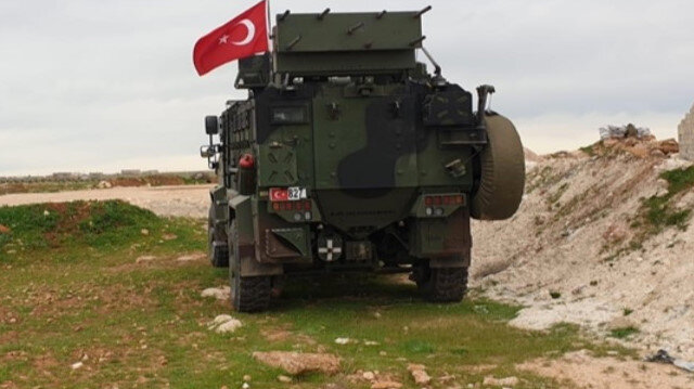 Turkey and Russia conduct first independent patrol in northern Syria