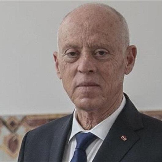 الرئيس التونسي يرفض أي مشاورات حول تشكيل حكومة جديدة