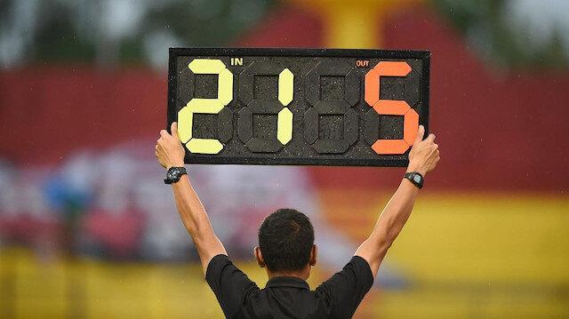 FIFA'dan tarihi karar: Takımlar 5 oyuncu değiştirebilecek mi?