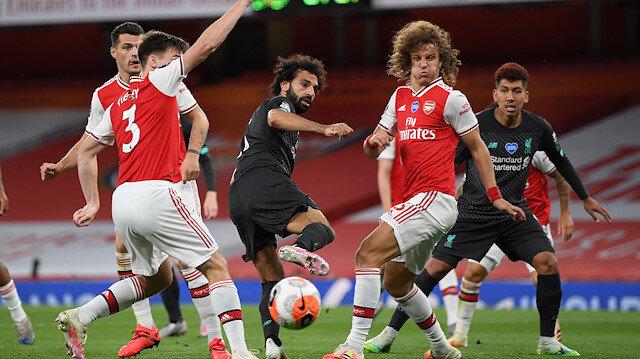 Arsenal şampiyon Liverpool'u devirdi