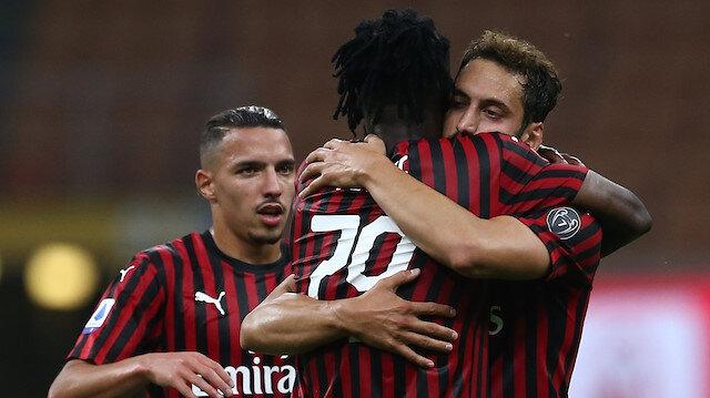 İtalya'da Hakan Çalhanoğlu fırtınası: Milan'ı galibiyete taşıdı