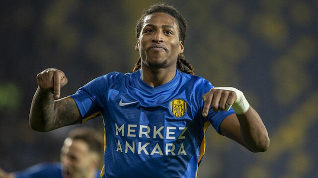 Fenerbahçe ve Galatasaray'ın istediği Gerson Rodrigues'in sözleşmesi feshedildi