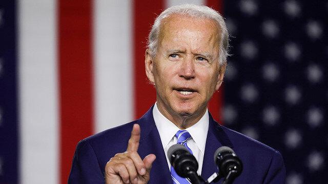FILE PHOTO: Democratic U.S. presidential candidate and former Vice President Joe Biden