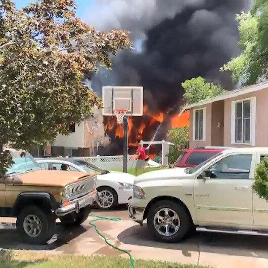 ABD'de uçak evin üzerine düştü: Üç kişi hayatını kaybetti