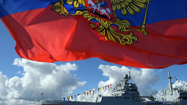 The Russian Navy landing ship Pyotr Morgunov takes part in the Navy Day parade in Kronstadt near Saint Petersburg, Russia July 26, 2020. Sputnik/Alexei Druzhinin/Kremlin via REUTERS ATTENTION EDITORS - THIS IMAGE WAS PROVIDED BY A THIRD PARTY.