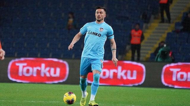 Süper Lig'in en centilmen futbolcusu oldu: Hiç kart görmedi