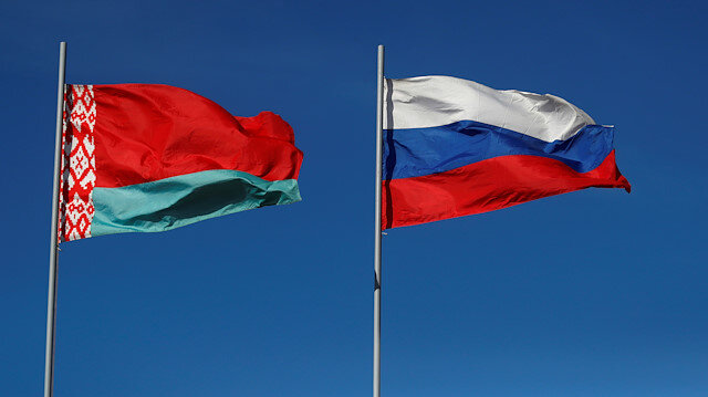 File photo: Belarusian and Russian national flags