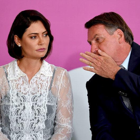 Brezilya lideri Bolsonaro'nun eşi de koronavirüse yakalandı