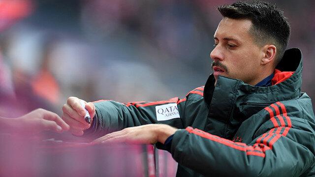 Beşiktaş imza atmasını beklerken futbol kariyerine son verdi