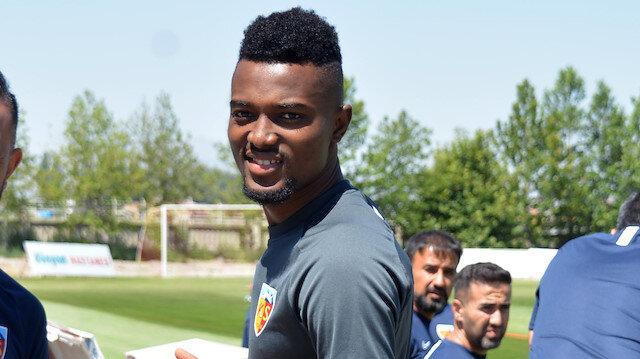 Bernard Mensah'ın transfer olacağı takımı açıkladılar