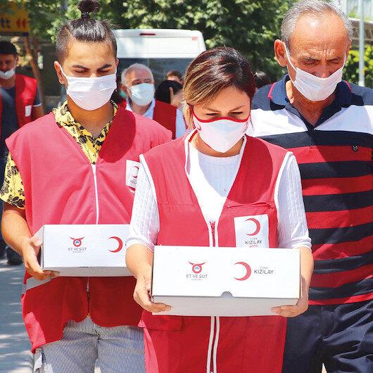 Kurbanda bağış rekoru:  Kovid-19 nedeniyle kurban kesmeyen vatandaşlar yardım kuruluşlarına bağışta bulundu