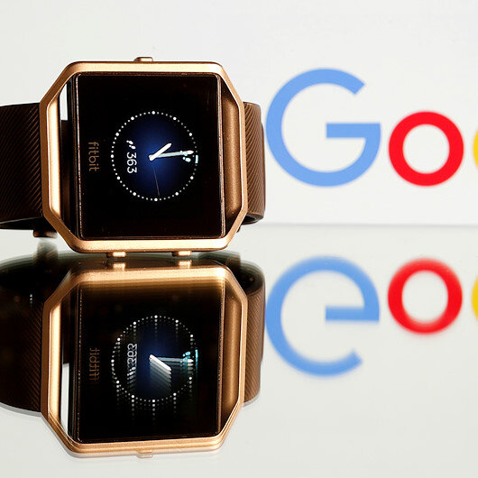 EU Commission investigates Google's buying Fitbit