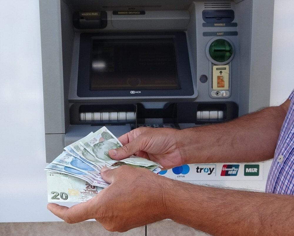 Bankalar kanunu deliyor