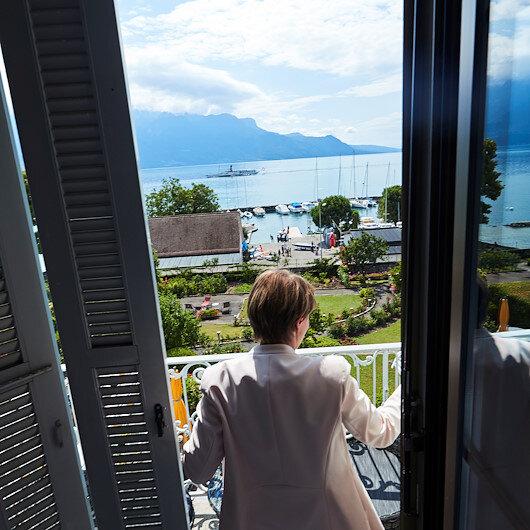 Swiss widen list of COVID-19 quarantine countries