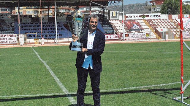 Şampiyon hoca Süper Lig'de: Kasımpaşa ile anlaştı