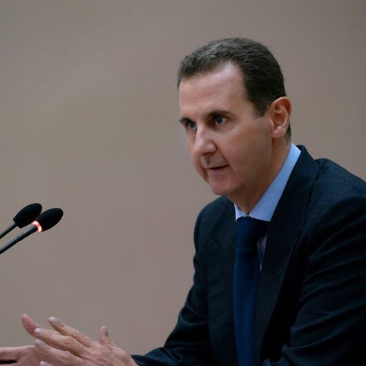Assad stops speech due to low blood pressure before resuming