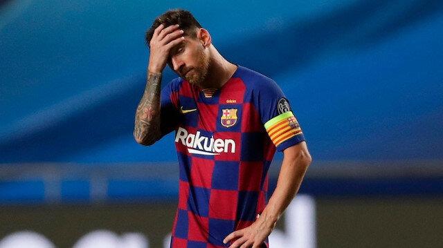 Messi Barcelona'dan ayrılıyor: Ronaldo ile karşı karşıya gelecek