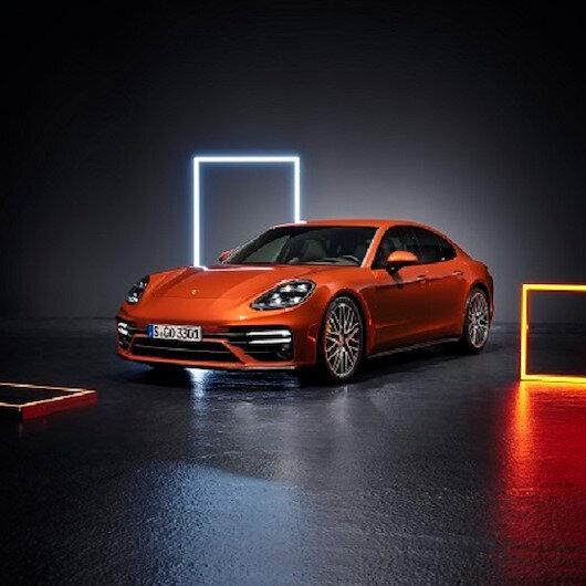 Porsche Panamera yeni yüzüyle yollara çıktı