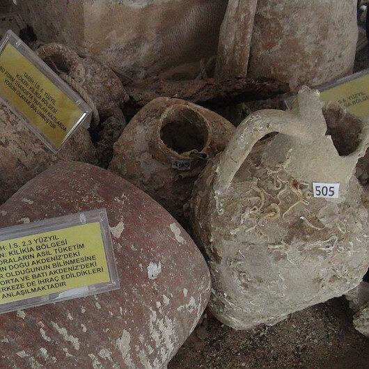 """جرار تختزن التاريخ في متحف """"الأمفورة"""" بمرسين التركية"""
