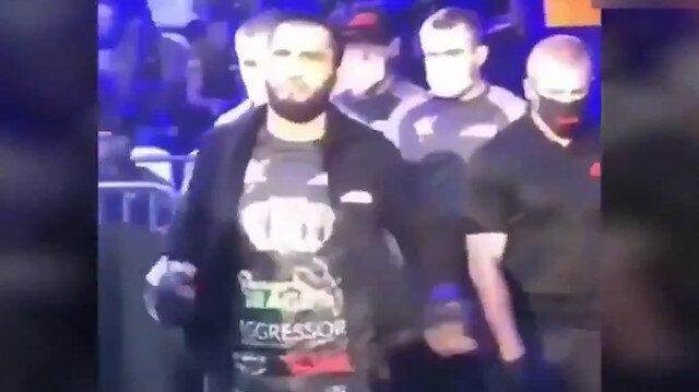 Çeçen asıllı Rus boksör Moskova'daki müsabakaya Erdoğan müziği ve Beşiktaş tişörtü ile çıktı