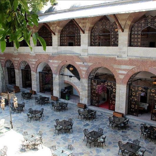 """أدرنة التركية.. خان """"رستم باشا"""" يستقبل السياح مجدّدًا"""