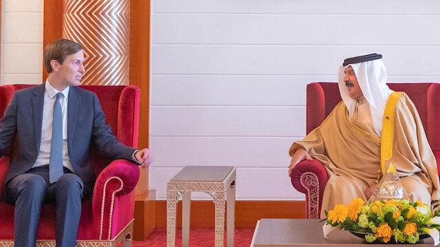 U.S. President's senior adviser Jared Kushner (L) meets meets Bahrain's King Hamad bin Isa Al Khalifa