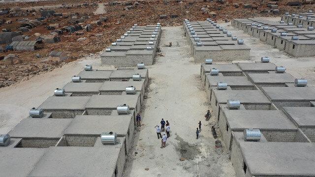 تركيا تنهي بناء 650 منزل طوب لمحتاجين في إدلب