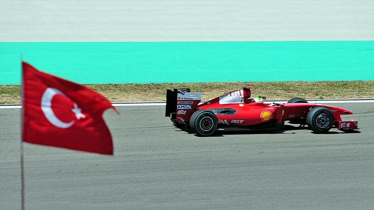 Türkiye'de ilk Formula 1 yarışı 2005 yılında düzenlendi.