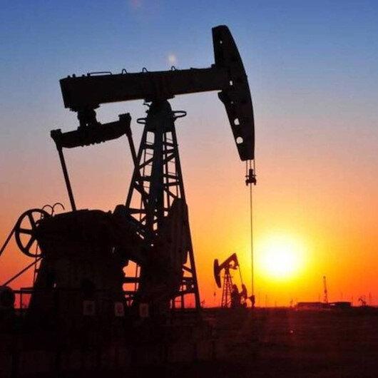 """أسعار النفط تقفز بفعل إعصار """"سالي"""" وتراجع المخزونات الأمريكية"""