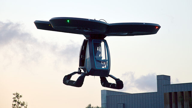 "Turkey's first flying car ""Cezeri"" complete its first test flight successfully"