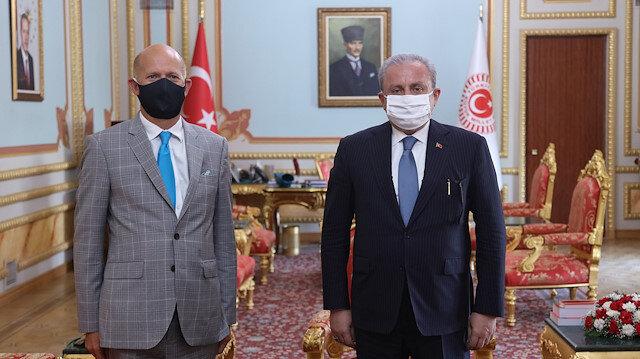 أنقرة: مباحثات بين رئيس البرلمان التركي والسفير البريطاني