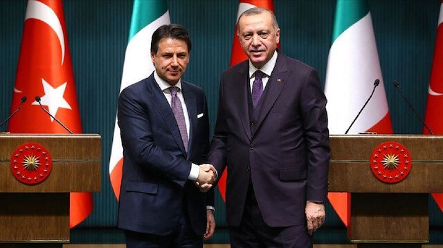 الرئيس أردوغان يبحث مع كونتي قضايا إقليمية