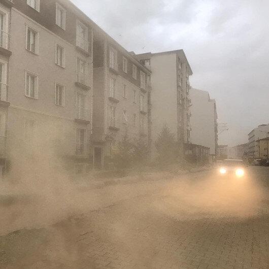 Uzmanlar kum fırtınaları için korkutan uyarıda bulundu