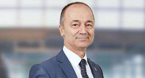 Emekli Tuğgeneral Fahri Erenel.