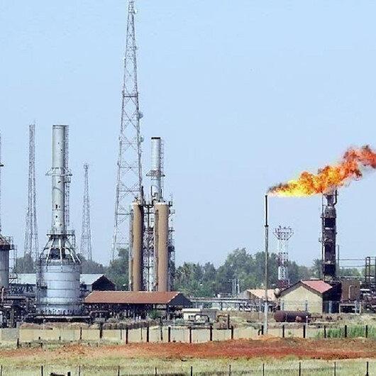 هل فتح حفتر النفط ليغلقه؟