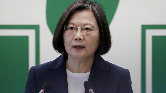 FILE PHOTO: Taiwanese President Tsai Ing-wen speaks to the media in Taipei, Taiwan, August 12, 2020. REUTERS/Ann Wang/File Photo/File Photo