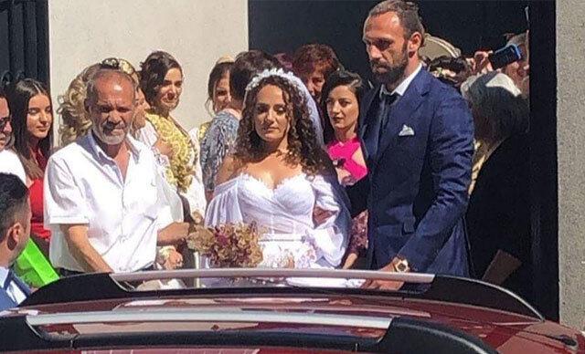 Vedat Muriqi'nin kız kardeşinin düğünü Kosova'da yapılmıştı.