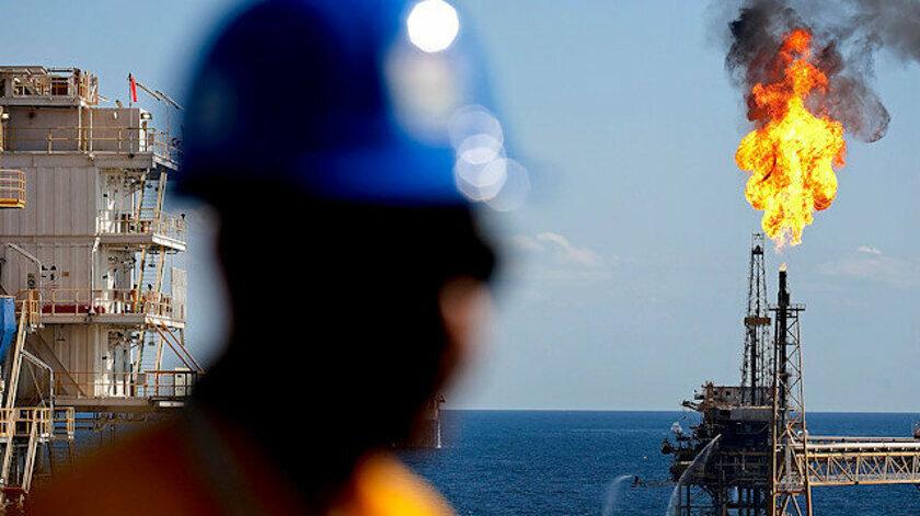 Keşfedilen 320 milyar metreküplük doğalgazın 2023 yılında karaya çıkarılması planlanıyor.