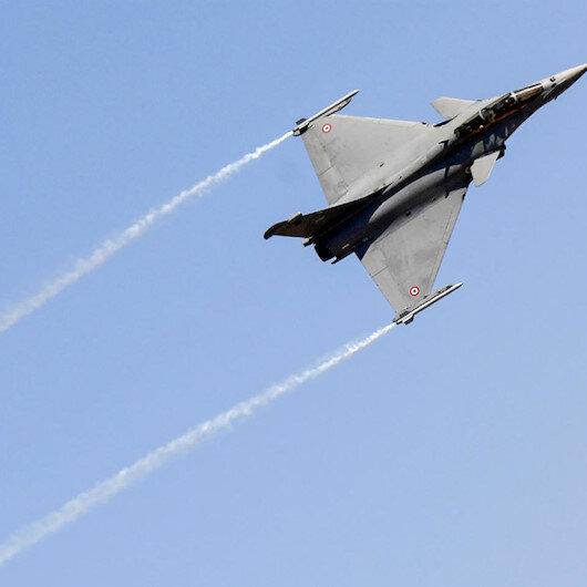 الهند تختبر مقاتلات فرنسية فوق منطقة متنازع عليها مع الصين