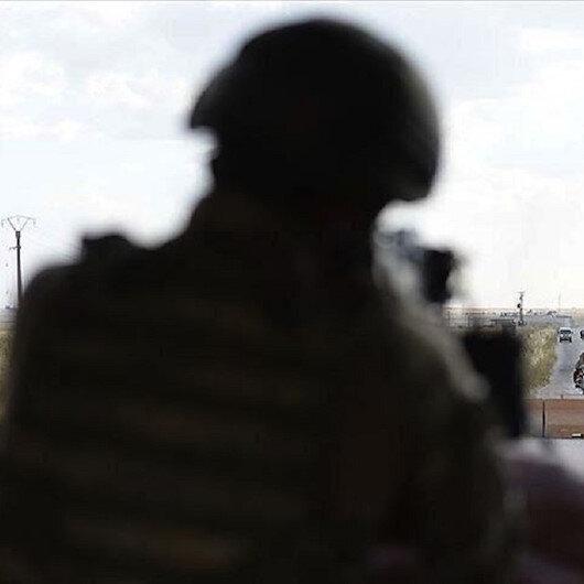 """بعد 28 عاما.. إرهابي من """"بي كا كا"""" يستسلم للقوات التركية"""