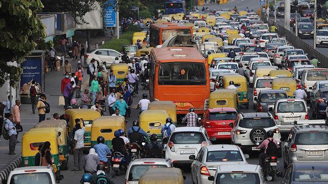 India fails to curb virus despite strict lockdown