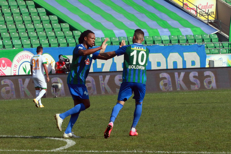 Remy'nin golünde asisti Boldrin yaptı.
