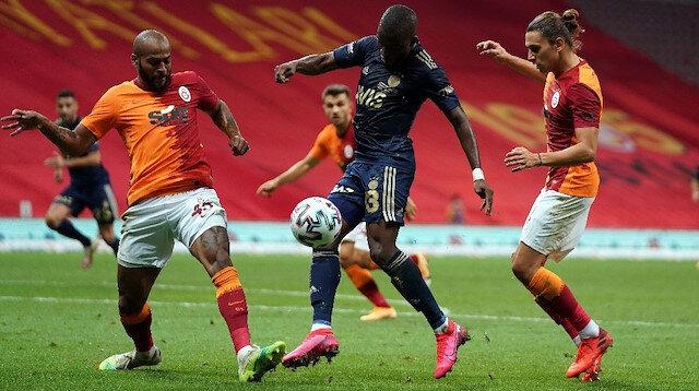 Galatasaray-Fenerbahçe karşılaşmasından bir kare.