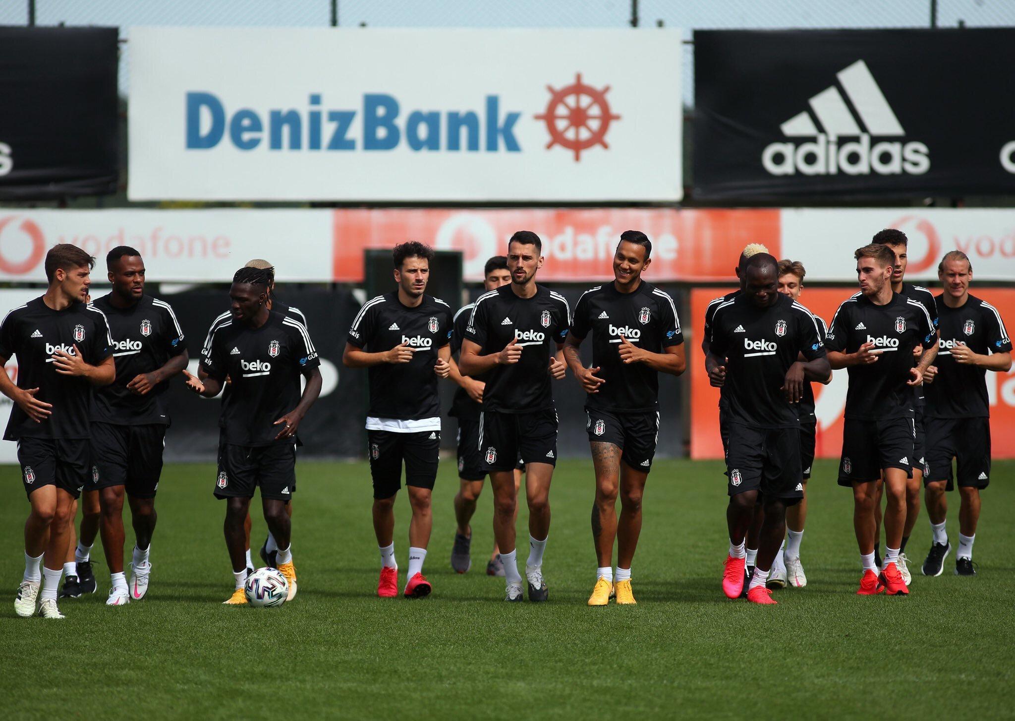Beşiktaşlı futbolcuların Gençlerbirliği mesaisi