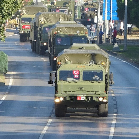 S-400'leri taşıyan ikinci konvoy da yola çıktı: Askeri TIR'lar Samsun'dan geçti