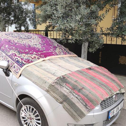 Uyarılar yapıldı: Bursa'da doluya karşı sürücülerden battaniyeli önlem
