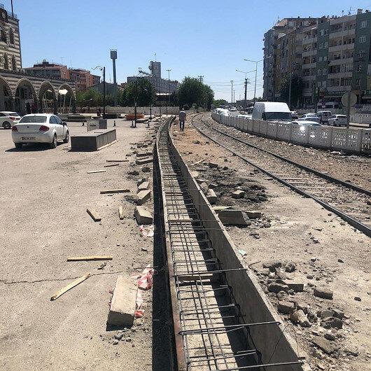 Diyarbakır'da duvar örülerek şehrin ikiye bölündüğü iddialarına yalanlama
