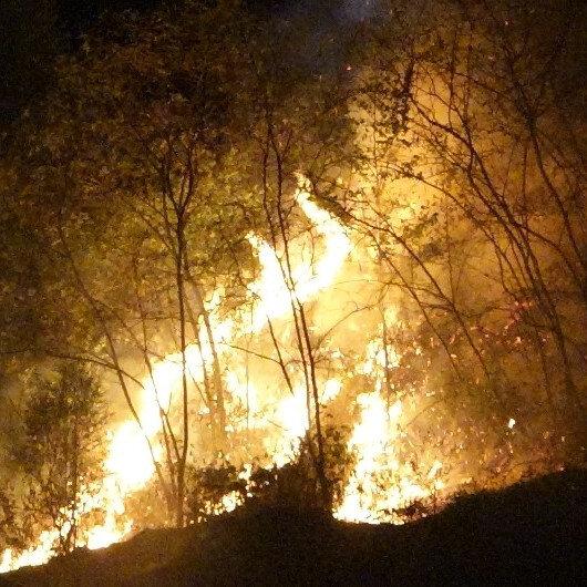Trabzon'un Akyazı mahallesinde korkutan yangın